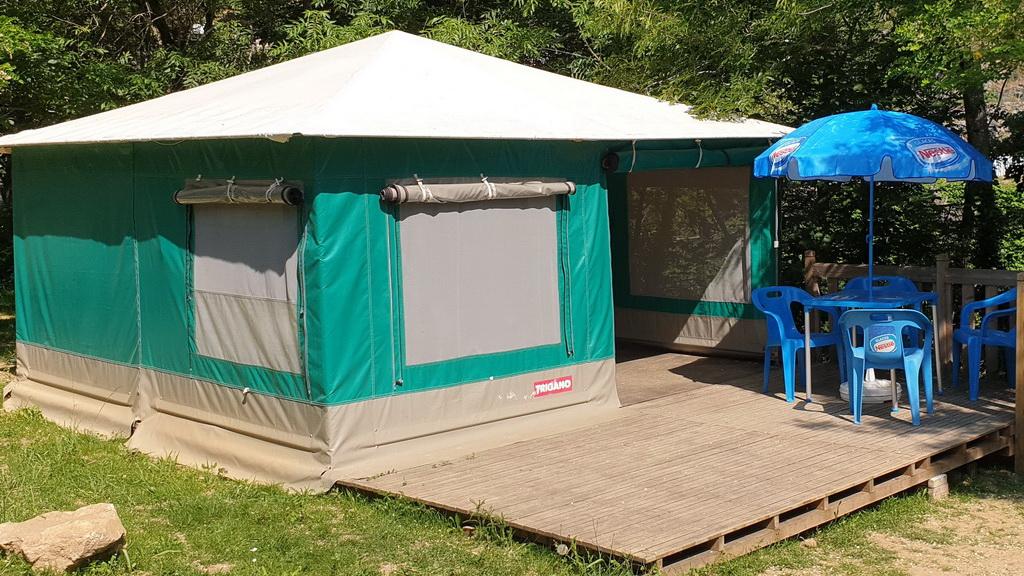 Tente Toilée n° 15 – ( 25 m² )