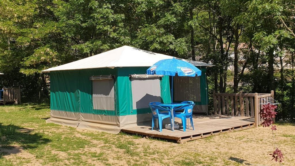 Tente Toilée n° 17 – ( 25 m² )